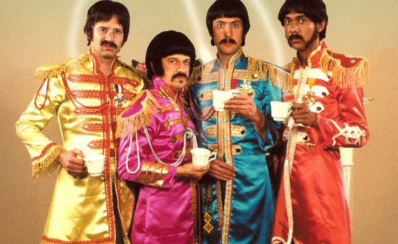 """Affiche du film """"The Rutles - All you need is cash"""""""