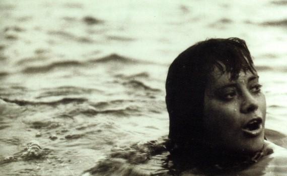"""Affiche du film """"Le couteau dans l'eau"""""""