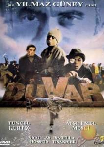 """Affiche du film """"Le Mur"""""""