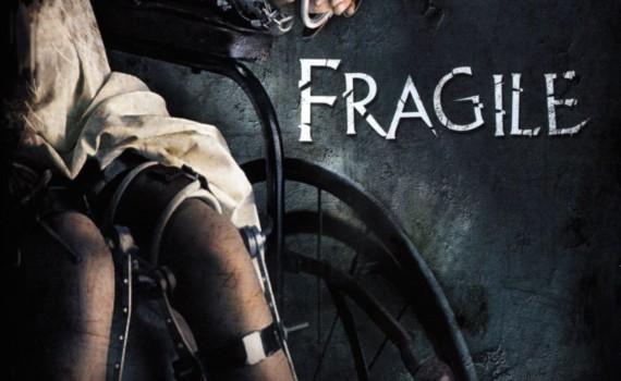 """Affiche du film """"Fragile"""""""