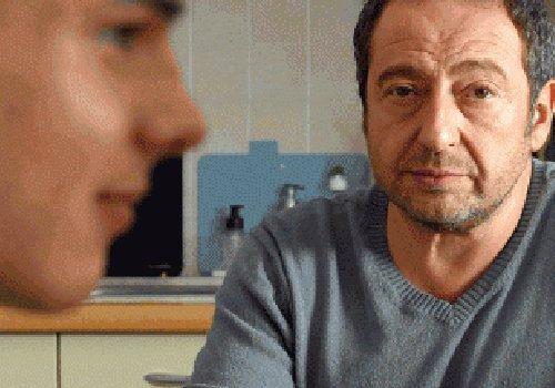 """Affiche du film """"Baisers Cachés"""""""