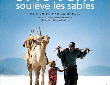"""Affiche du film """"Si le vent soulève les sables"""""""