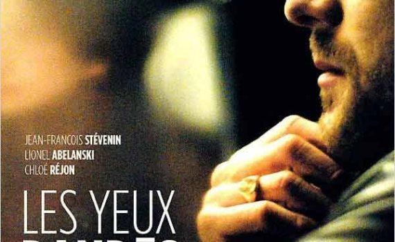 """Affiche du film """"Les yeux bandés"""""""