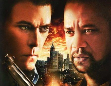 "Affiche du film ""Hero Wanted"""