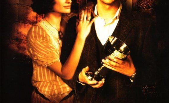 """Affiche du film """"Les Aventures de Flynn Carson : Le Secret de la coupe maudite"""""""
