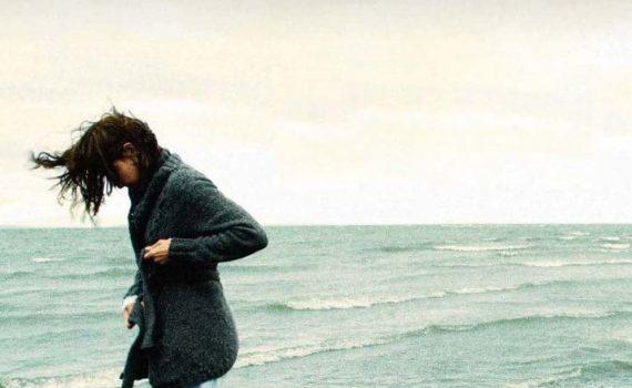 """Affiche du film """"Helen"""""""