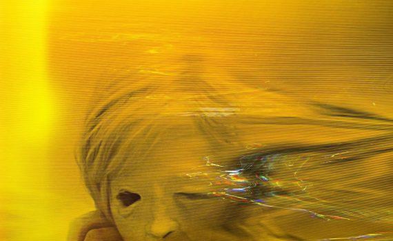 "Affiche du film ""Possessor Uncut"""
